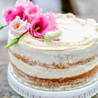 Custom cake and blooms